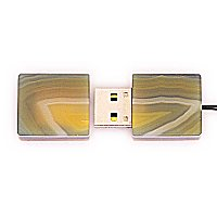 Закрытая USB флешка из камня агат: вид сверху