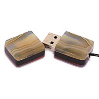 USB флешка из узорчатого агата: открытая