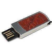 Подарочная флешка с яшмой: USB разъем выдвинут