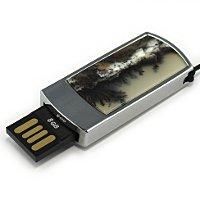 Подарочная флешка в металлическом корпусе с моховым агатом: USB разъем выдвинут