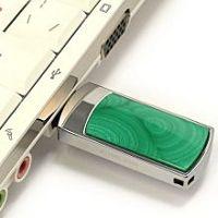 Сувенирная флешка с малахитом: подключение к компьютеру